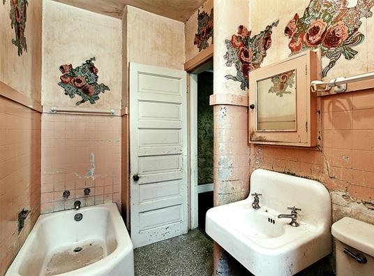 4 ways of avoiding common bathroom blunders nashua nh for Bath remodel nashua nh