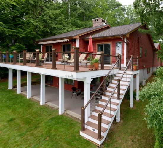 lake house exterior design